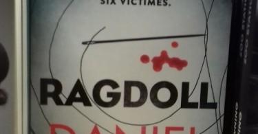 ragdoll-daniel-cole-les-cyclades