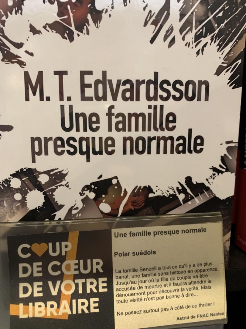 Une-famille-presque-normale-MT-Edvardsson-Sonatine-Editions